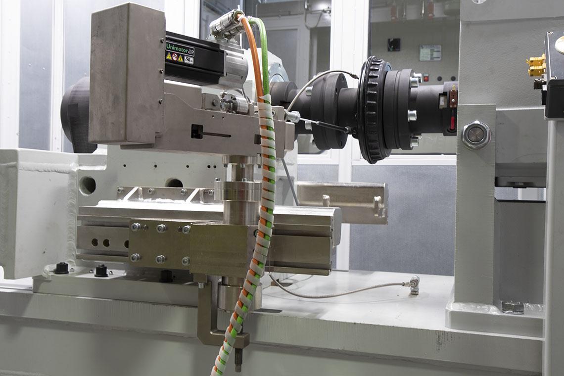 Prove di fatica sui freni a mano: macchina TecSA AT 7000